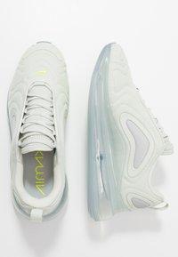 Nike Sportswear - AIR MAX 720 - Sneakersy niskie - lite bone/volt/white/reflect silver - 1