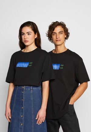 FRONT & BACK GRAPHIC TEE UNISEX - T-shirt med print - black