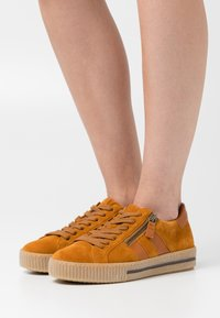 Gabor - Trainers - cayenne - 0