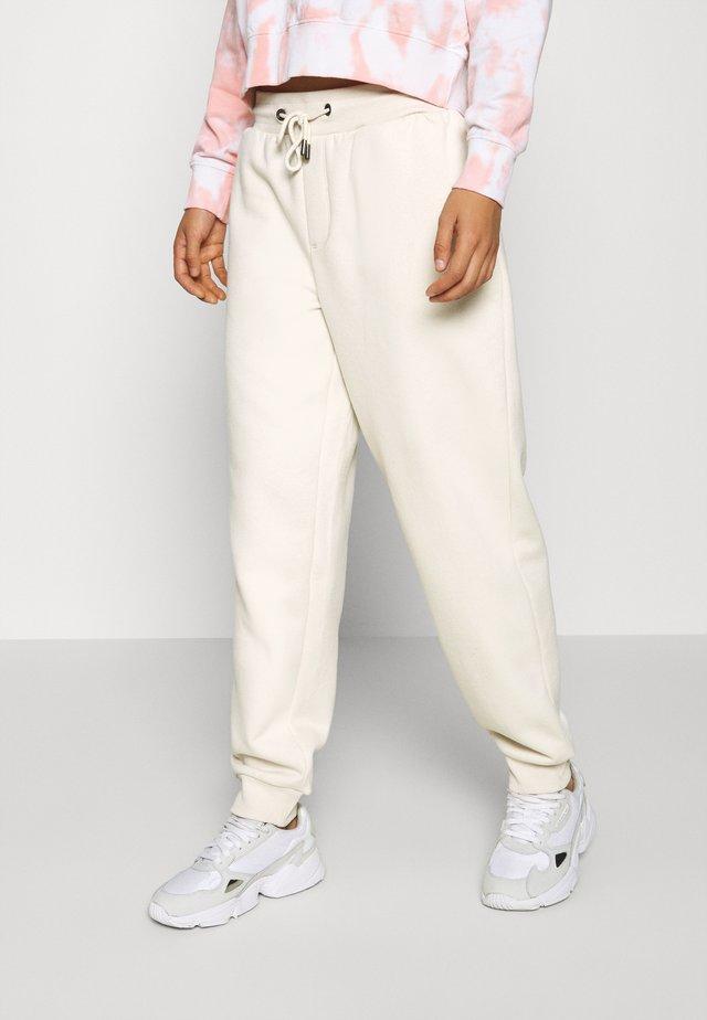 ONLHAILEY PANTS  - Spodnie treningowe - birch