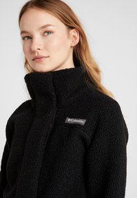 Columbia - PANORAMA LONG JACKET - Forro polar - black - 4