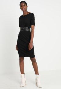 KIOMI - Shift dress -  black - 1