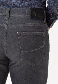 BRAX - STYLE CADIZ - Straight leg jeans - silver sea - 4