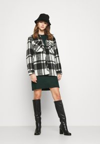 ONLY - ONLELENA DRESS - Jumper dress - green gables/black melange - 1