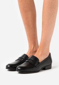 Tamaris - Loafers - black - 0