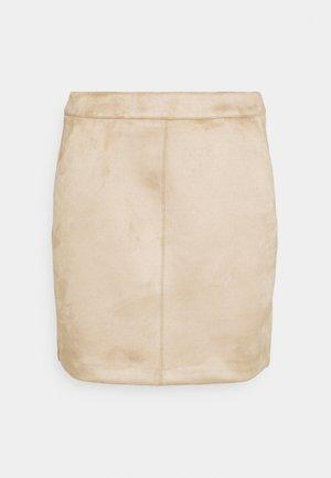VMDONNA DINA SHORT SKIRT - Mini skirt - silver mink