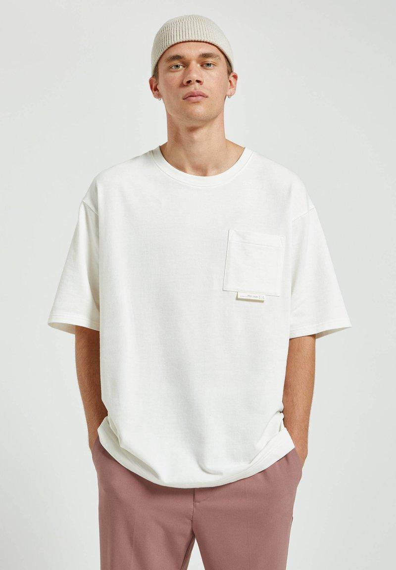 PULL&BEAR - Basic T-shirt - white