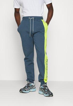 SILT JOG PANT - Teplákové kalhoty - dark blue