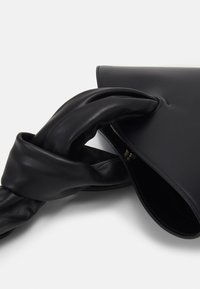 Little Liffner - SOFT LOOP MINI BUCKET - Handbag - black - 4