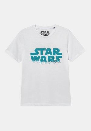 JCOGALAXY TEE CREW NECK JR STAR WARS - Printtipaita - white
