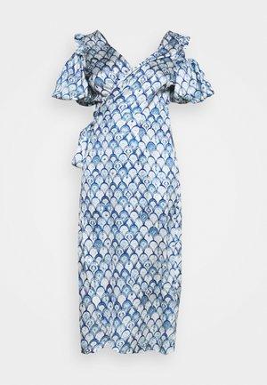 MARBLE PRINT COLD SHOULDER WRAP - Robe d'été - blue