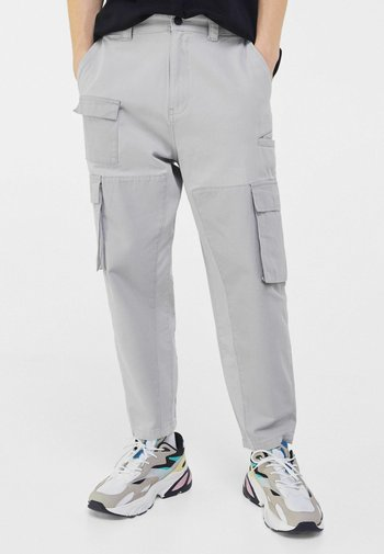 LOOSE - Cargo trousers - grey