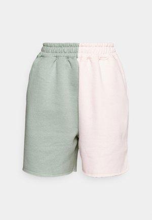 RAW HEM COLOUR BLOCK RUNNER SHORTS - Shorts - sage