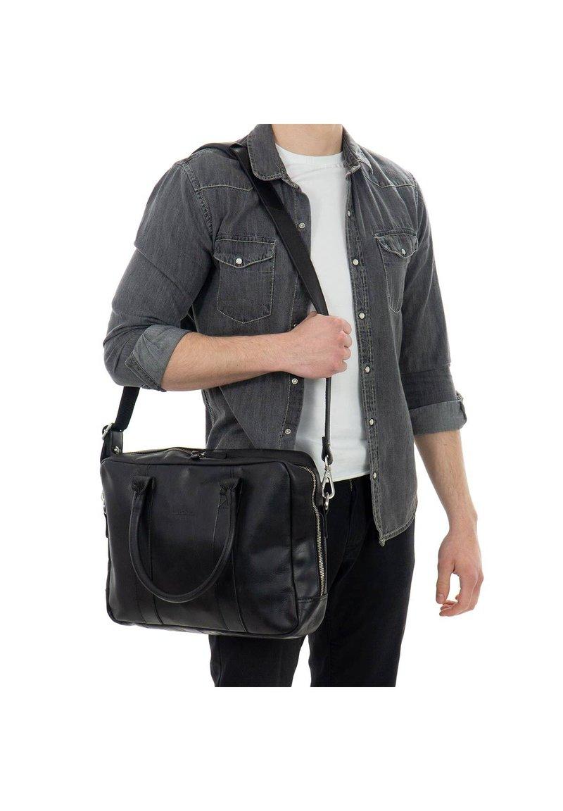 Gusti Leder - Briefcase - black