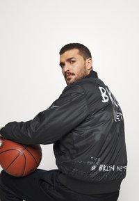 Nike Performance - NBA BROOKLYN NETS CITY EDITION JACKET - Träningsjacka - black - 5