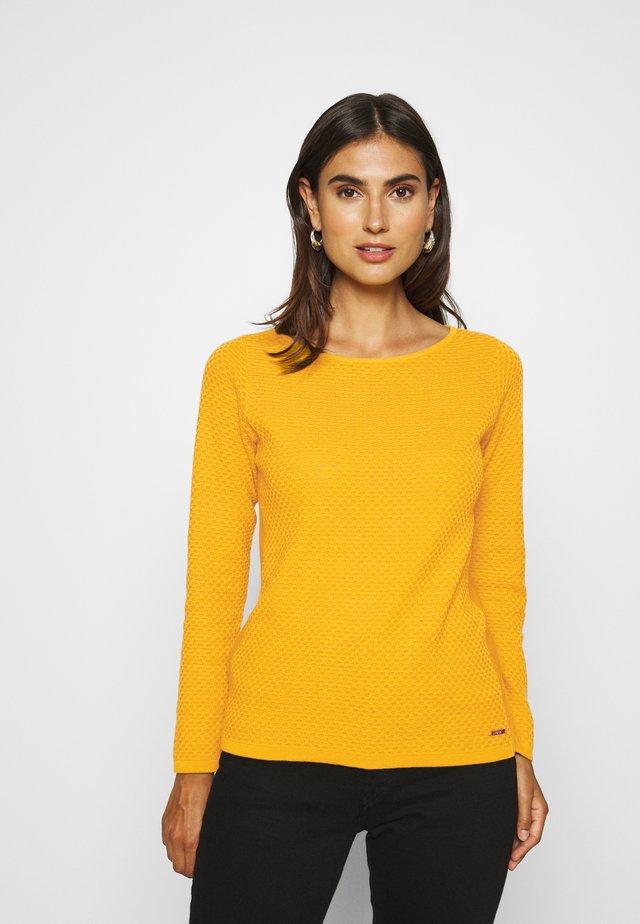 Sweter - brass yellow