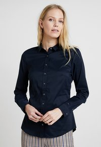 Tommy Hilfiger - HERITAGE SLIM FIT - Button-down blouse - midnight - 0