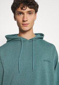 BDG Urban Outfitters - SKATE HOODIE UNISEX - Felpa - teal - 3