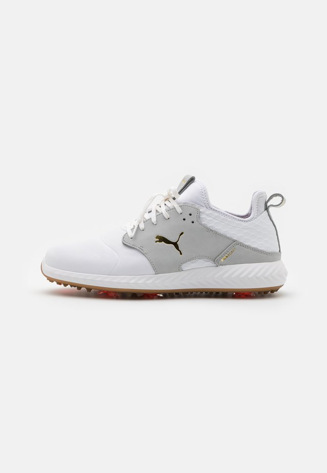 IGNITE PWRADAPT CAGED CRAFTED - Chaussures de golf - white/high rise