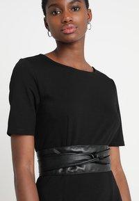 KIOMI - Shift dress -  black - 3