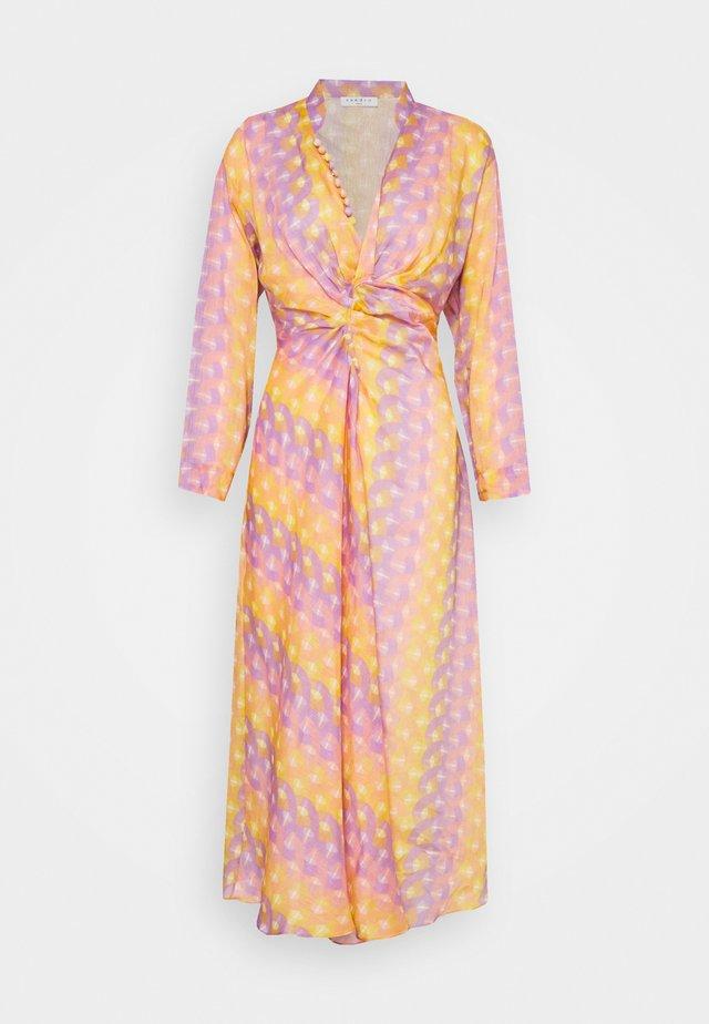 Denní šaty - violet
