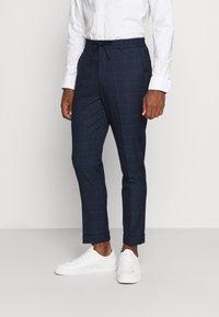 Isaac Dewhirst - BLUE CHECK - Kostym - blue - 4