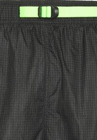 Jordan - TRACK PANT - Träningsbyxor - black/light liquid lime/electric green - 7