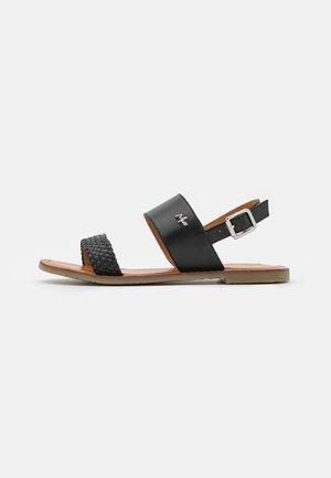 GENEVA - Sandaalit nilkkaremmillä - black