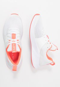 Under Armour - CHARGED AURORA - Sports shoes - white/beta - 1