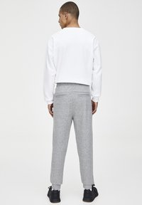 PULL&BEAR - Tracksuit bottoms - grey - 2