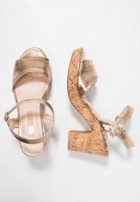 Dorothy Perkins - RHONDA WEDGE - High heeled sandals - gold - 3