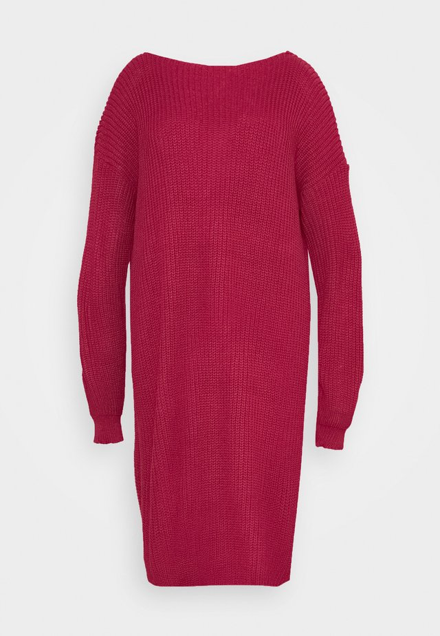 OPEN BACK INSERT DRESS - Strikkjoler - raspberry