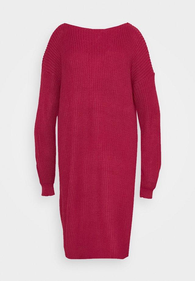 OPEN BACK INSERT DRESS - Gebreide jurk - raspberry