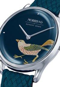 August Berg - UHR MORRIS & CO SILVER BIRD INDIGO PERLON 30MM - Watch - indigo - 1