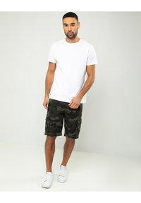 Threadbare - Shorts - camoflage - 1