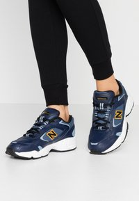 New Balance - WX452 - Trainers - white/blue - 0