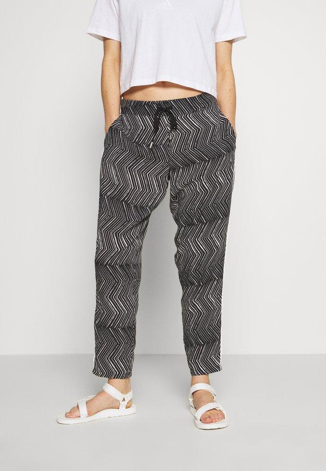 AHOKANGAS - Pantalon classique - black
