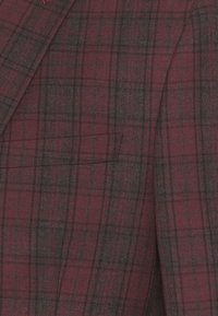 Isaac Dewhirst - SINGLE BREASTED TARTEN SUIT SET - Completo - red - 10