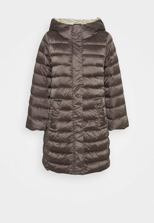 VESPA - Down coat - fango