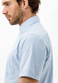 BRAX - STYLE HARDY - Shirt - blau>i - 3