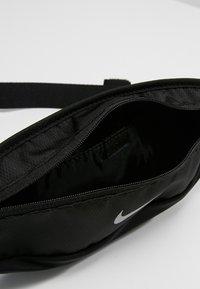 Nike Performance - CAPACITY WAISTPACK 2.0 SMALL - Bum bag - black/black/silver - 4