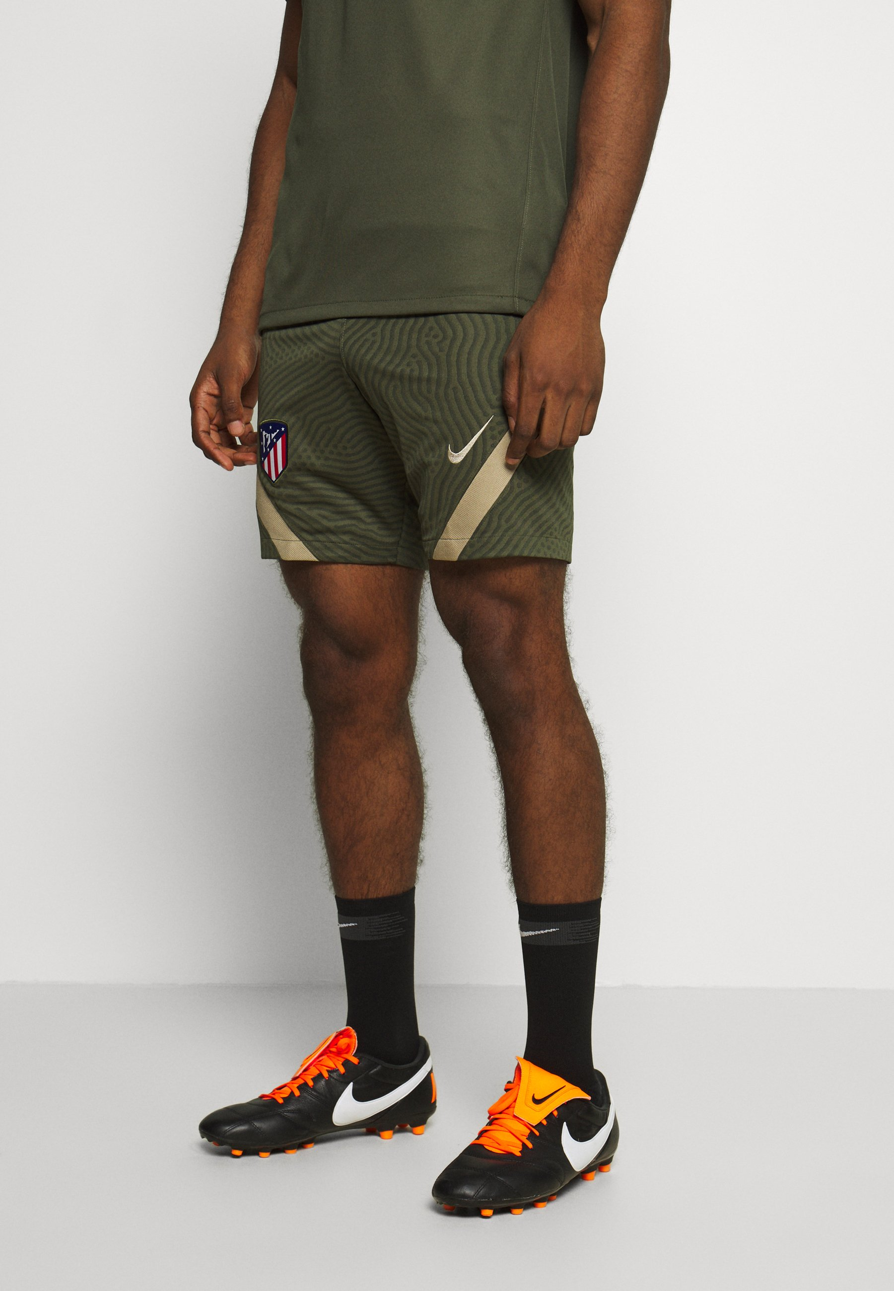 Muestra Aplicado perfil  Nike Performance ATLETICO MADRID DRY SHORT - Pantalón corto de deporte -  cargo khaki/khaki/verde oliva - Zalando.es