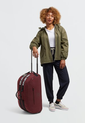 Wheeled suitcase - maroon black
