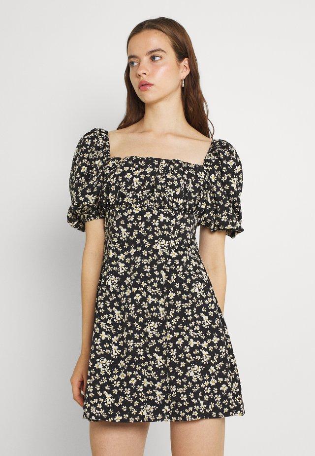 RUCHED BUST DRESS DAISY - Korte jurk - black