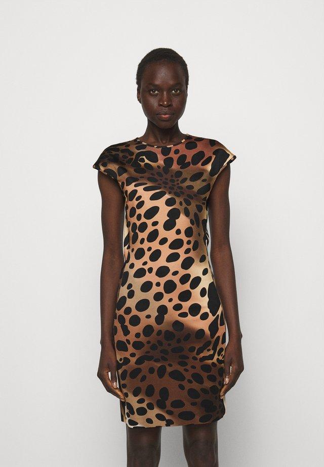 Žerzejové šaty - natural variant