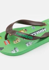 Havaianas - MINECRAFT - Sandály s odděleným palcem - leaf green - 5