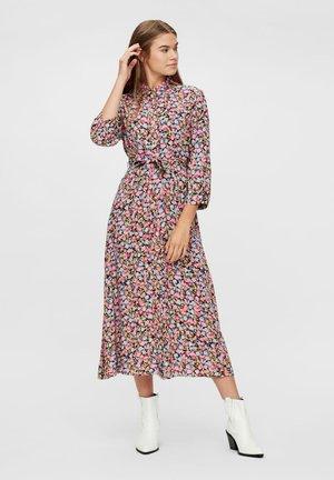 BEDRUCKTES MAXI - Długa sukienka - sea pink
