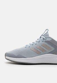 adidas Performance - FLUIDSTREET - Zapatillas de entrenamiento - halo blue/champagne metallic/halo silver - 5