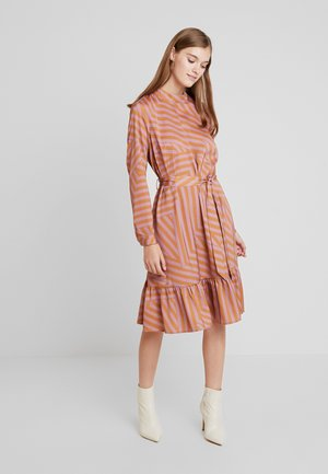 TESSA DRESS - Day dress - dusky orchid