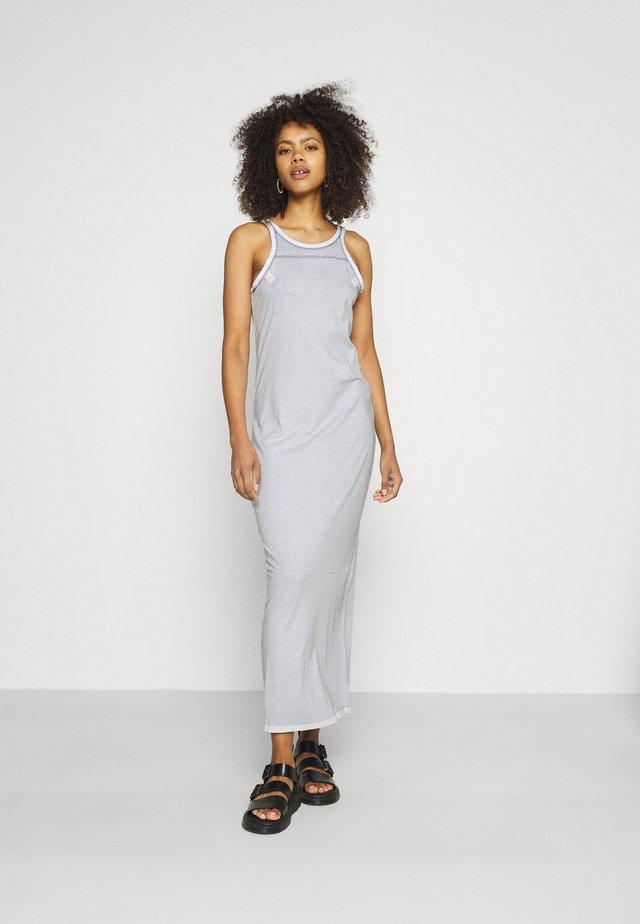 MAXI TANK TOP DRESS - Sukienka z dżerseju - warm sartho